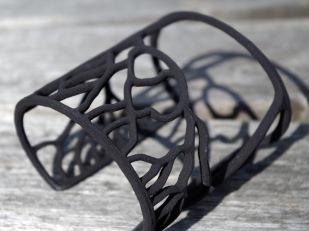 Rhizome bracelet in black