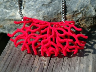 Floating Coral necklace in red