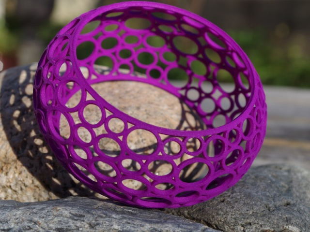 Curved Circle bracelet in purple